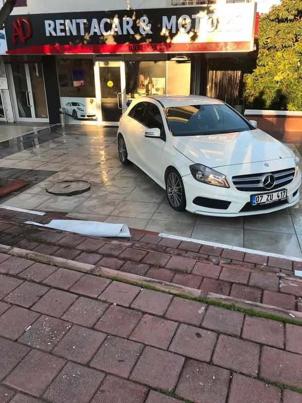 Аренда Mercedes Benz A180 в Анталии